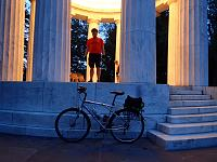 Click image for larger version.  Name:DC-Monuments-Ride-29.jpg Views:115 Size:91.3 KB ID:15348