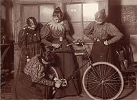 Click image for larger version.  Name:1920px-Women_Repairing_Bicycle,_c._1895.jpg Views:46 Size:94.3 KB ID:24874